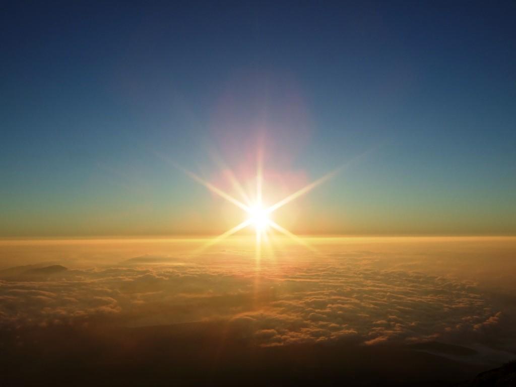 富士山からの御来光[撮影:2007年08月19日]